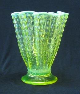 Fenton Topaz Hobnail Opalescent Handkerchief Vase