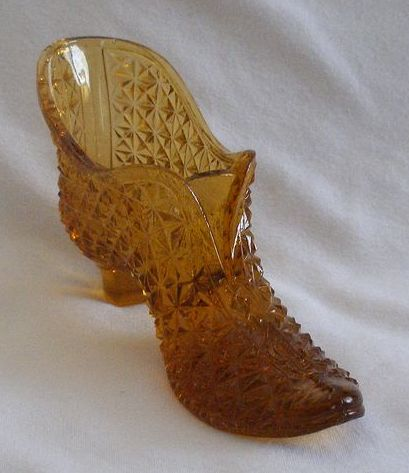 Amber Glass Hobnail Shoe