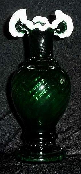 Fenton Emerald Green Snow Crest Vase