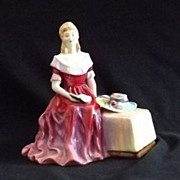 "Paragon Bone China Figurine ""Lady Veronica"" EB113"