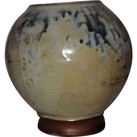 Artist Signed Studio Pottery Hand Thrown Vase
