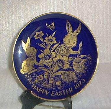 1973 Easter Plate In Cobalt Blue And 24 Karat Gold
