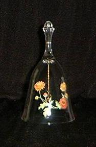 Avon 24% Lead Crystal Bell With Mums