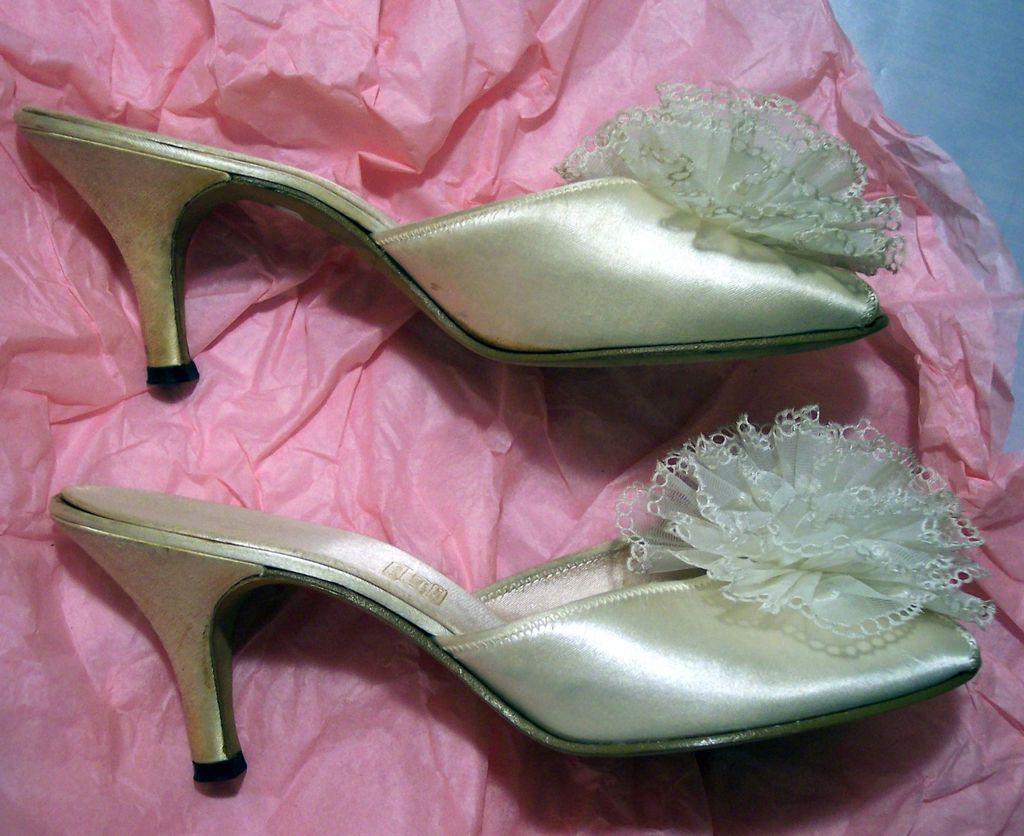 Vintage 1930's Daniel Green Ivory Satin Pom Pom Slippers