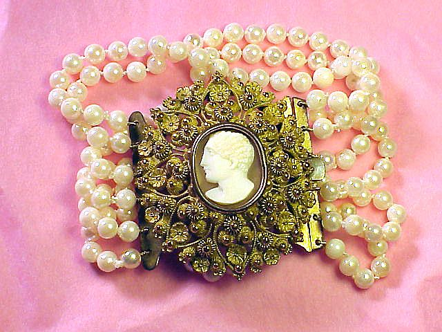 SUPERLATIVE Pinchbeck Cannetille & Cameo/Six-Strand Akoya Cultured Pearl Bracelet, c.1825!