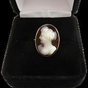 SO PRETTY Edwardian Sardonyx Cameo of a Fashionable Lady in 9k Ring, c.1910!