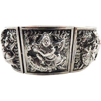 EXQUISITE Anglo-Indian Raj Sterling Repousse Diety Bracelet, 75.31 Grams, c.1880!