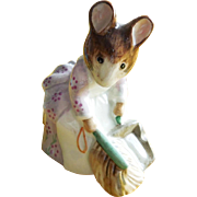 Beatrix Potter Hunca Munca Sweeping Beswick England Figurine 50% OFF
