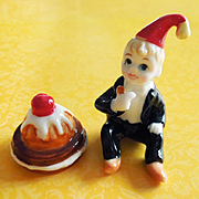 Set of 2 Little Jack Horner and Christmas Pie Nursery Rhyme Hi Style Bone China Figurines Japan