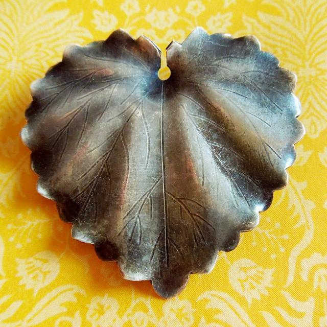 Vintage Handmade Heart-Shaped Sterling Silver Leaf Pin Brooch