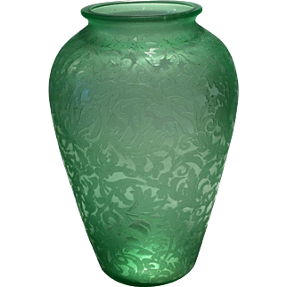 """Consolidated Green Florentine Etched 7"""" Vase"""