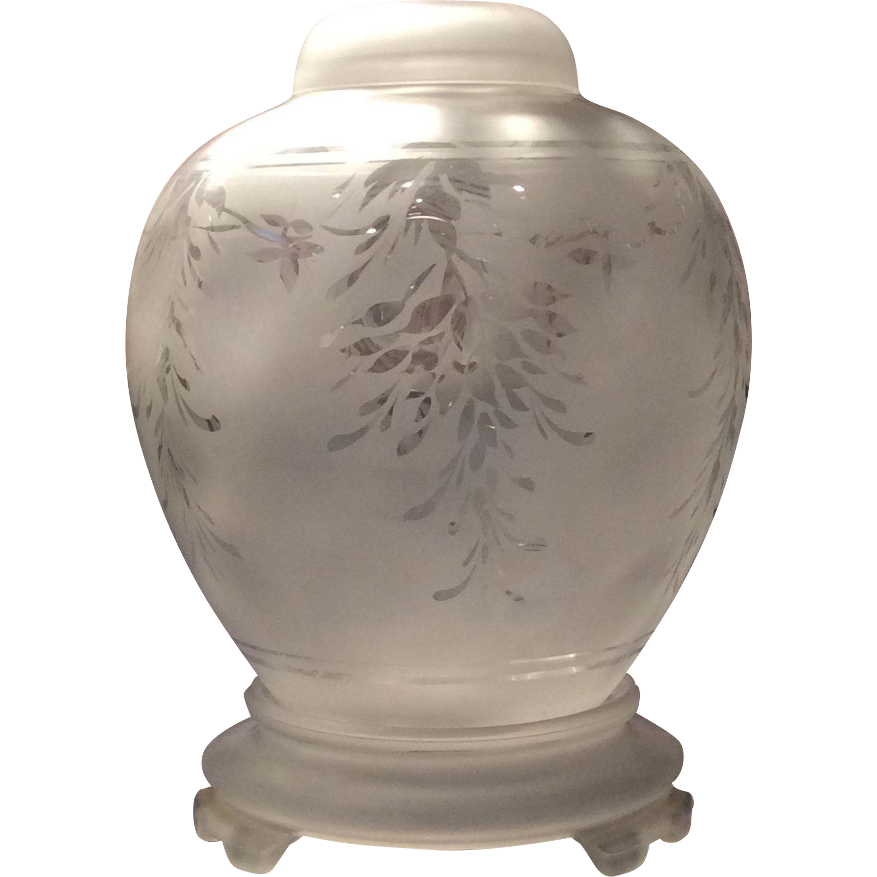 Fenton No. 893 Satin Crystal Wistaria Ginger Jar