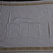"Linen Jacquard 46""x60"" White and Gold Tablecloth with Six  Napkins"