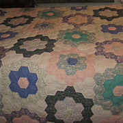 1920's Grandmother's Flower Garden Hand Sewn Scalloped Edge Quilt