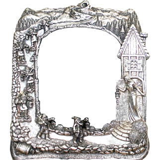 Snow White and the seven dwarfs sterling frame