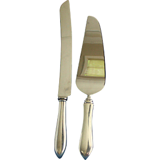 Raimond pie server and cake knife set with sterling handles