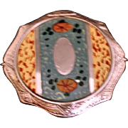 Enamel compact with stand