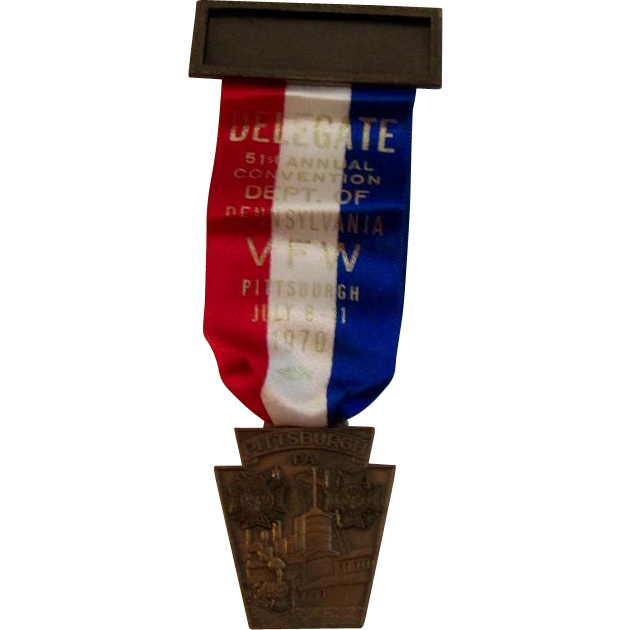 Pittsburgh, PA VFW Delegate Medal and Ribbon for the 1970 51st Annual Convention Patriotic Red White and Blue