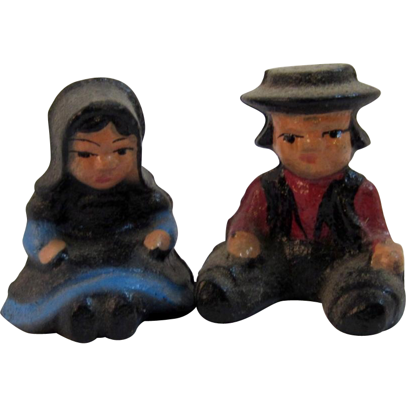 Cast Iron Amish Boy and Girl Miniatures