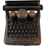 Dollhouse Miniature Typewriter Cast Metal Durham Industries 1976