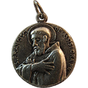 St Francis and Clara of Assisi Religious Catholic Saint Silver Plate Medal Pendant