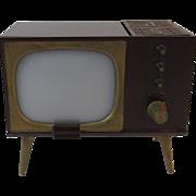 Console TV Television Salt and Pepper Shaker Novelty Set