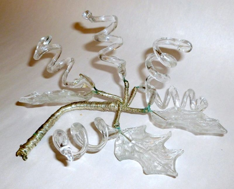 Victorian - Art Nouveau Wired Clear Glass Leaves & Vines Table Decor