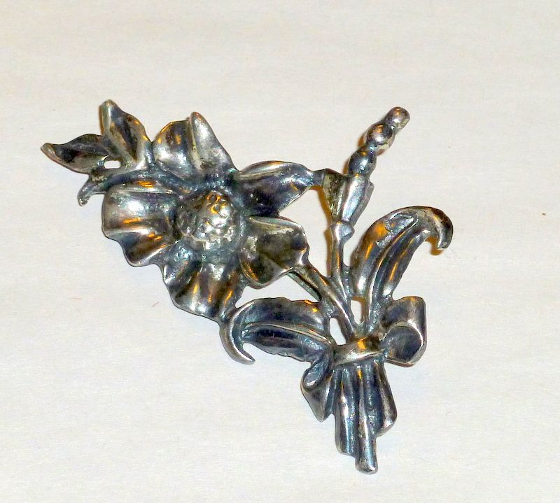 "Sterling Art Nouveau 2 1/2"" Brooch - Flowers Leaves Stems 15gms"