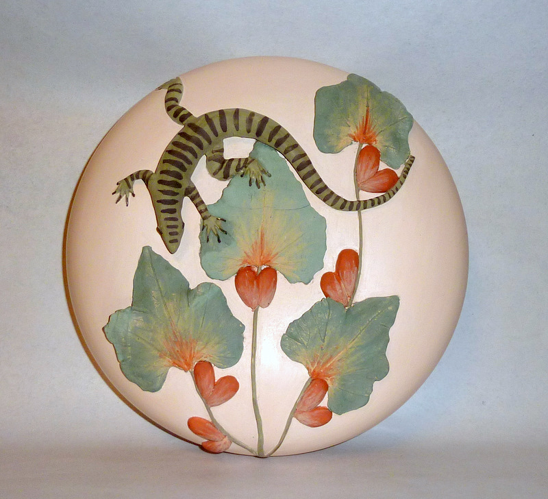 Vintage Bolivia Artisan Hand Made Pottery with Lizard / Iguana in Jungle Foliage