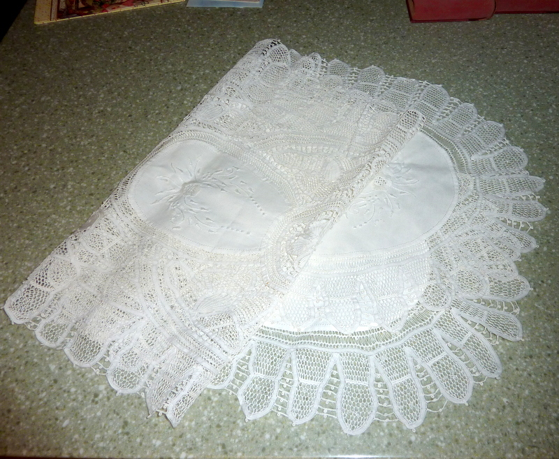 "Beautiful Vintage 60"" Tablecloth Center Runner White Hand Made Lace & Embroidery"