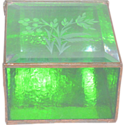 Vintage Etched Emerald Green Glass Hinged Trinket Vanity Box