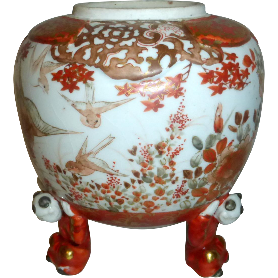 Pre 1900 hand painted signed Chinese Ginger Pot with 3 Men as Legs