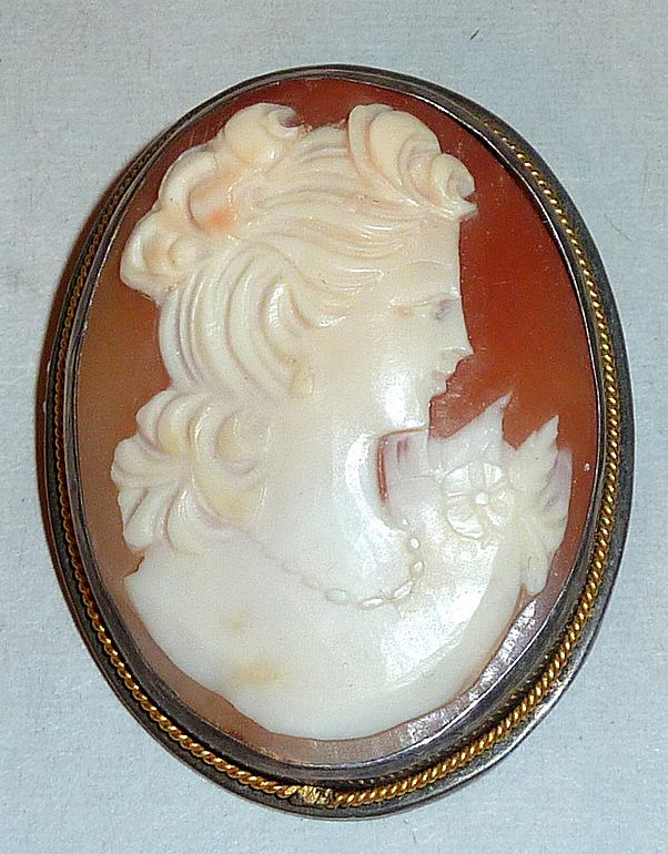 Vintage 975 Sterling Carved Shell Cameo Brooch Pendant