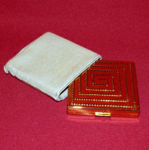 Elizabeth Arden Gold Tone Compact