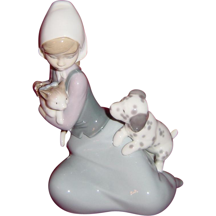Lladro 'Dog and Cat' Little Friskies Figurine Model 5032