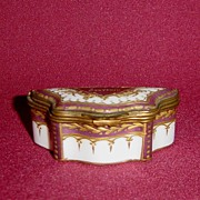 French Porcelain Souvenir Snuff or Trinket Box