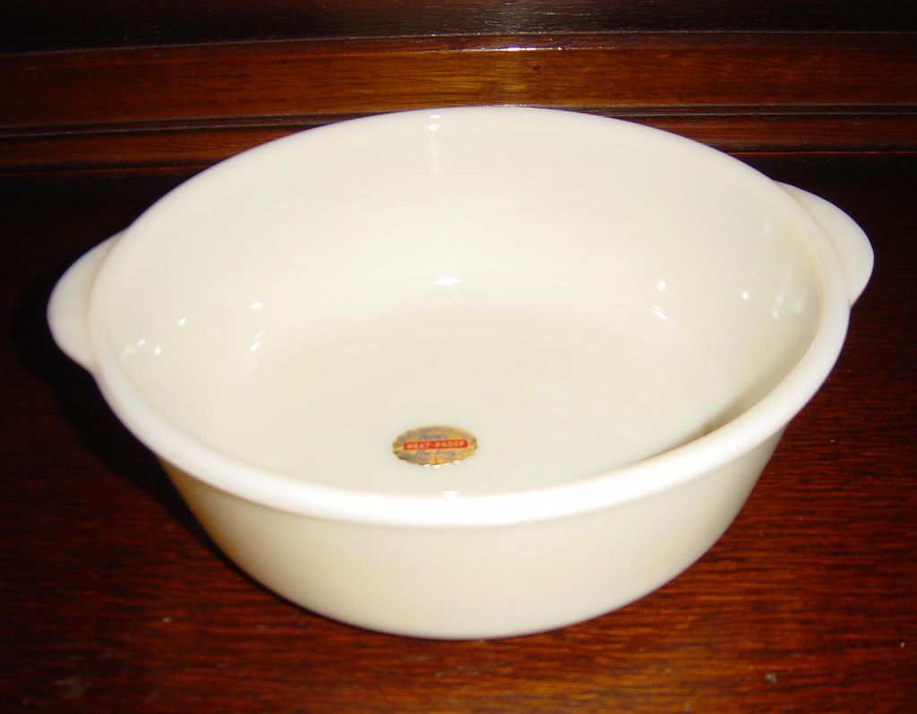 Fire-King Ivory Oven Glass Casserole