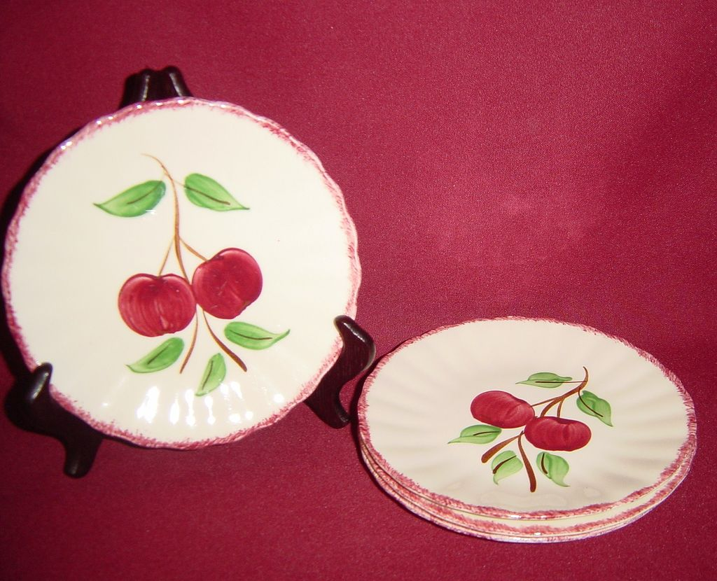 Southern Potteries Blue Ridge Crabapple Bread Plates