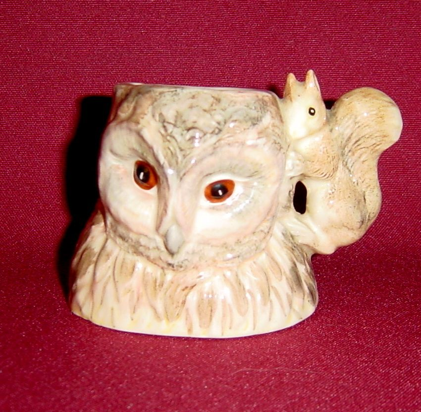Beswick Beatrix Potter Old Mr Brown Character Jug