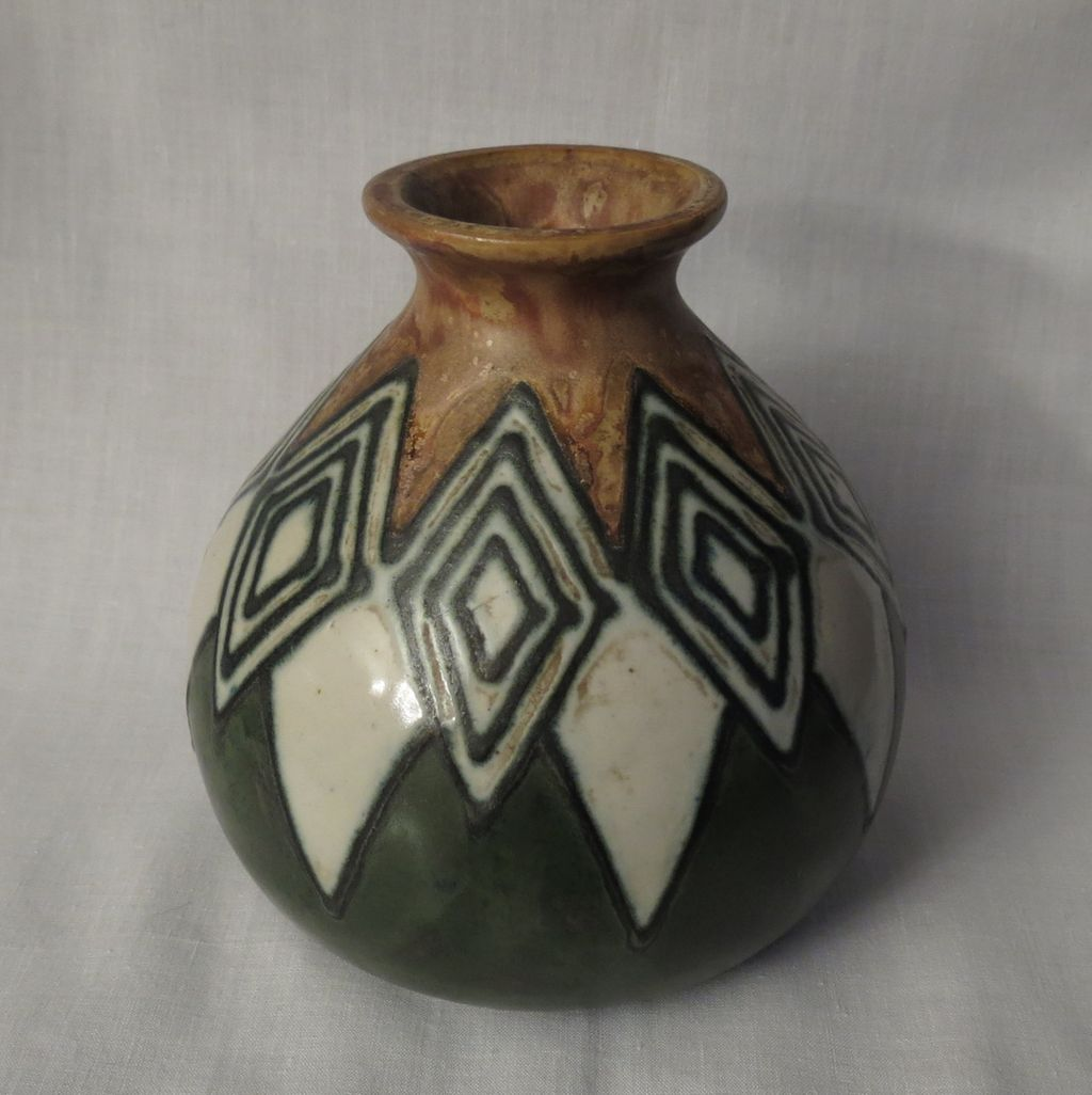 Quimper odetta art deco stoneware pottery vase from for Decoration maison quimper