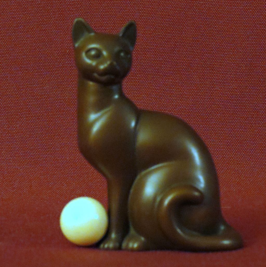 Franklin Mint Art Deco Curio Cabinet Cat from alleycatlane on Ruby ...