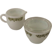 Corning Pyrex Crazy Daisy Mini Creamer and Glass Lidded Sugar Bowl Matches Corelle