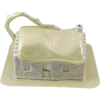 Irish Belleek Porcelain Cottage Covered Butter or Cheese Dish