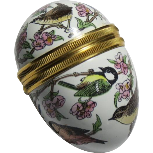 Halcyon Days Mini Egg Enamel Box with Wild Birds and a Stand