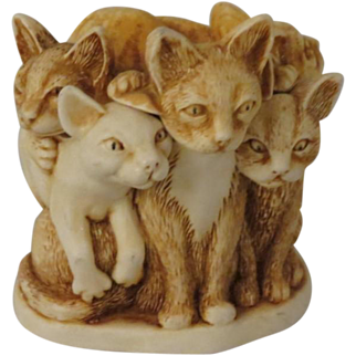 Harmony Kingdom Fur Ball Treasure Jest Box Figurine (no box)