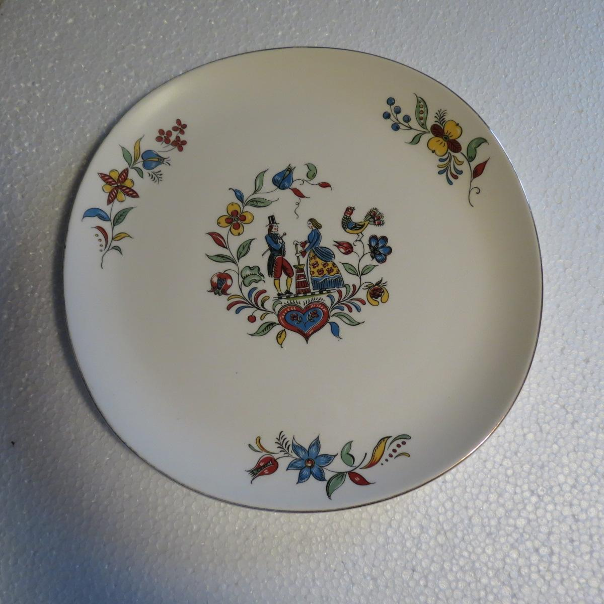 Crooksville Iva Lure Dairy Maid Chop Plate Or Platter From