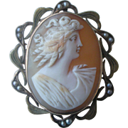 Gorgeous Early 1900's Pretty Lady Shell Cameo Pin or Pendent Set in 10K Yellow Gold