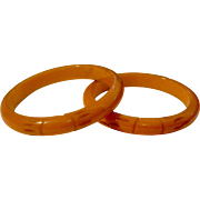 Pair of Vintage Caved Bakelite Bangle Bracelets Deep Rich Butterscotch Color
