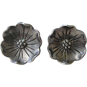 Delightful Sterling Silver Earrings Curved Flower with Post for Pierced Ears