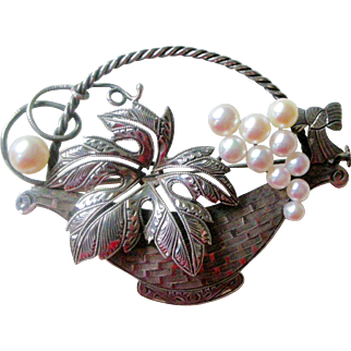 Magnificent Vintage Pin Silver Basket Filled with Cultured Pearls Exceptional Detail